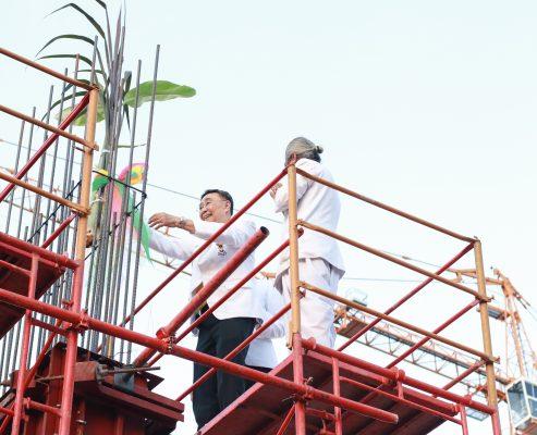 พิธียกเสาเอก อาคารจอดรถ 7 ชั้น คลินิกศูนย์แพทย์พัฒนา วันศุกร์ที่ 6 มีนาคม 2563